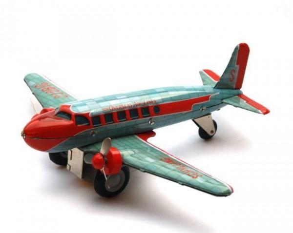 Blech-Flugzeug DC-3